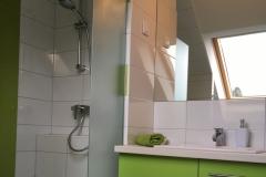 Emeleti-apartmanok-fürdő1